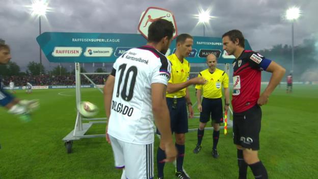 Video «Fussball: Delgado als FCB-Captain» abspielen