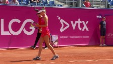 Link öffnet eine Lightbox. Video Küng bleibt bei ihrem WTA-Debüt chancenlos abspielen