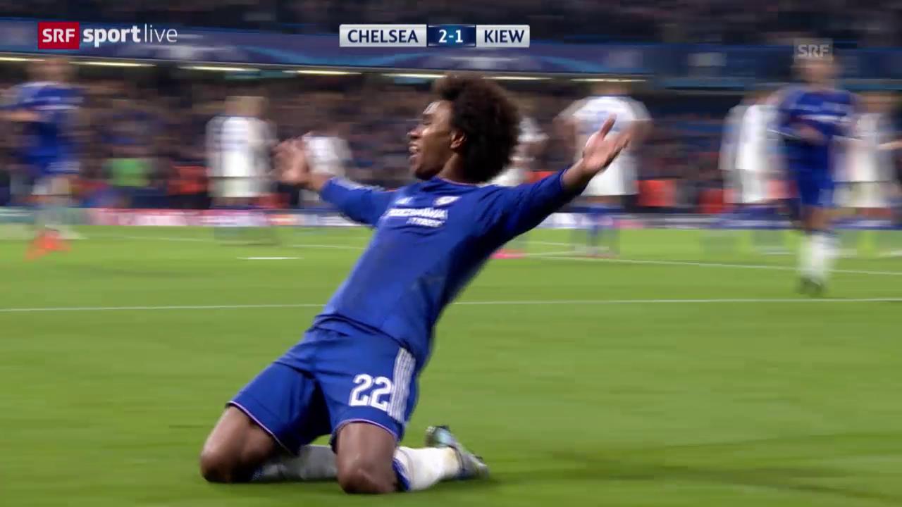 Fussball: Champions League, Chelsea - Dynamo Kiew, Freistoss Willian
