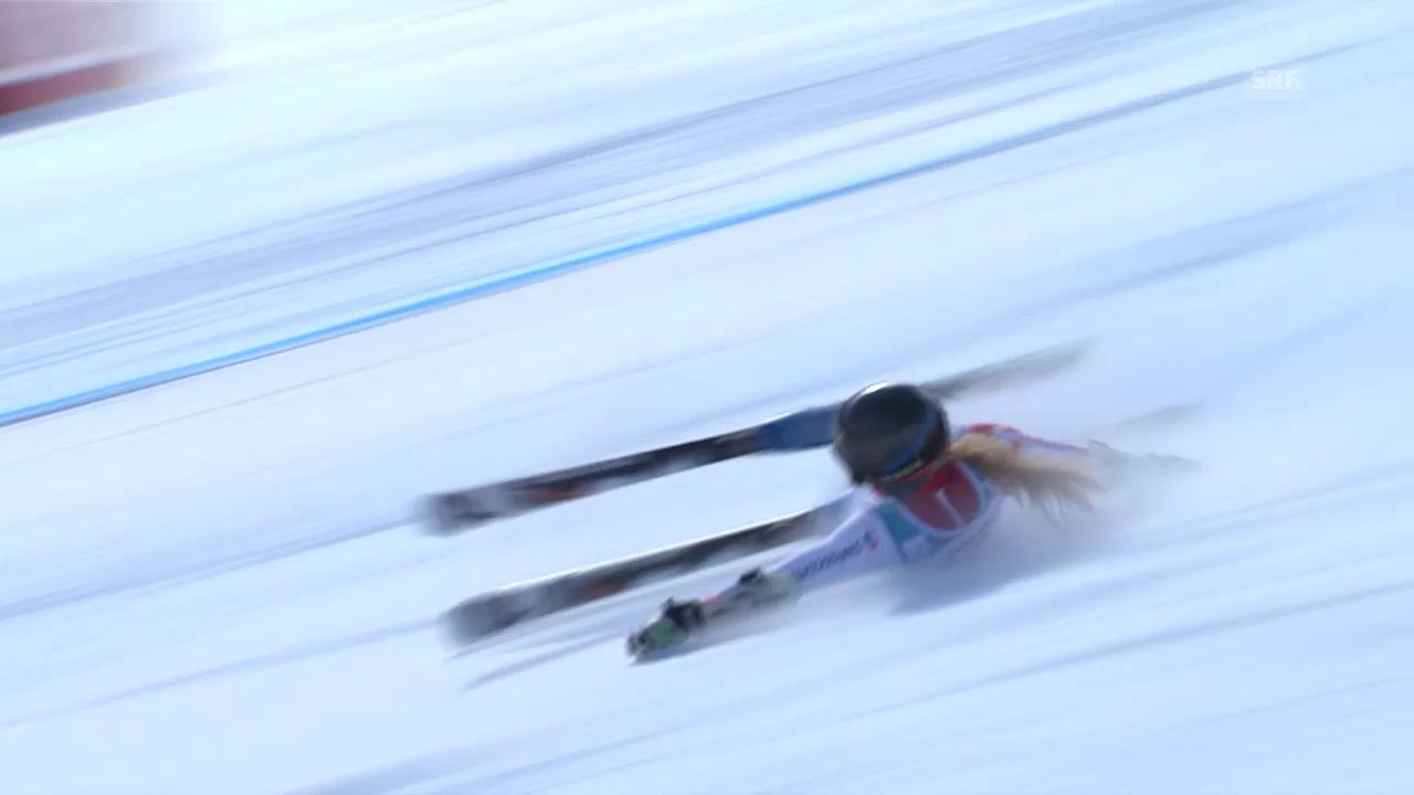Lara Gut stürzt im 1. Lauf des Riesenslaloms von St. Moritz