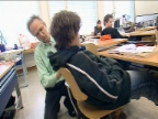 Video ««Einstein» wills wissen: Aufrecht sitzen - ist das gesund?» abspielen