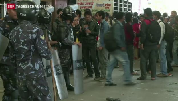 Video «Bevölkerung in Nepal kritisiert Regierung» abspielen