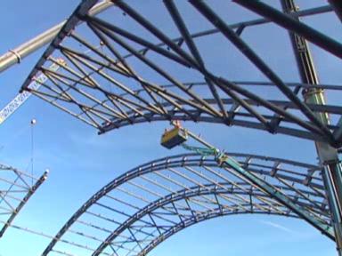 Video «Regenwald-Halle» abspielen