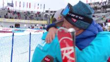 Video «Dank an den Coach: Hier herzt Weltmeister Guay Rufener» abspielen
