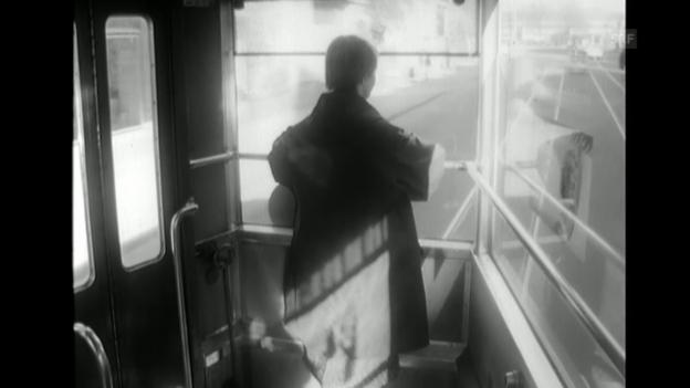 Video «Einsame Menschen (Laure Wyss, 13.4.1960)» abspielen
