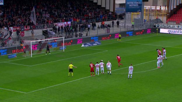 Video «Innert Sekunden: Thun verschiesst Penalty, Sion trifft» abspielen