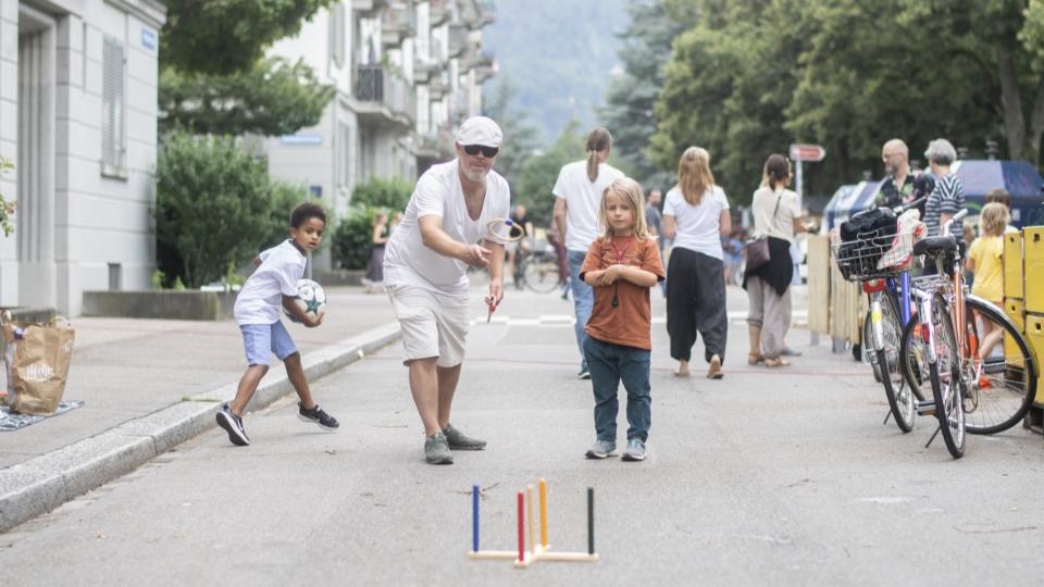 Der Wandel von den Verkehrsstrassen zu temporären Spielstrassen