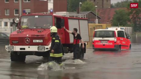 Link öffnet eine Lightbox. Video Überschwemmungen in Deutschland abspielen