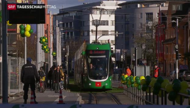 Video «Erstes grenzüberfahrendes Tram seit 2. Weltkrieg» abspielen