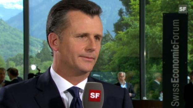 Video «Interview mit Philipp Hildebrand, SEF 2012» abspielen