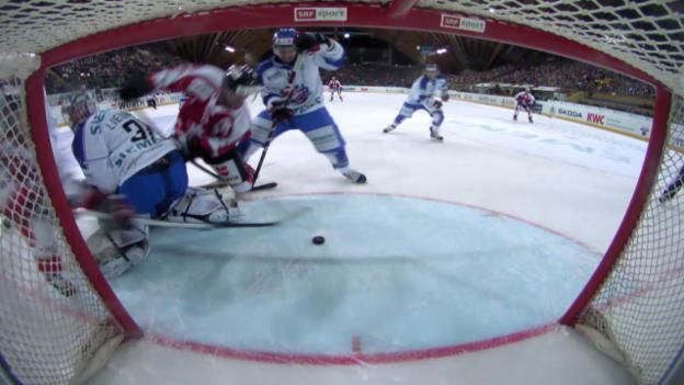 Video «Eishockey: Spengler Cup, Viertelfinal, Team Canada - Rochester («sportlive», 29.12.13)» abspielen