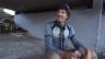 Link öffnet eine Lightbox. Video «Reporter Sélection» Der Mann unter der Brücke abspielen