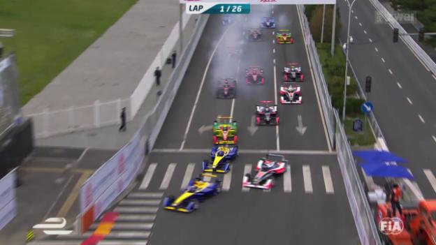 Video «Formel E: Buemi gewinnt zum Saisonauftakt» abspielen