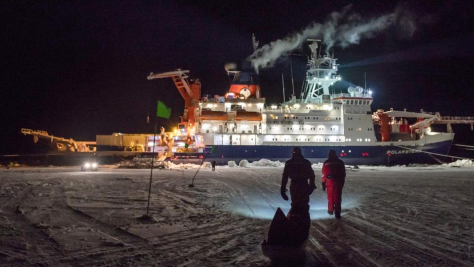Forschungsschiff Polarstern – Start der Forschungsarbeit