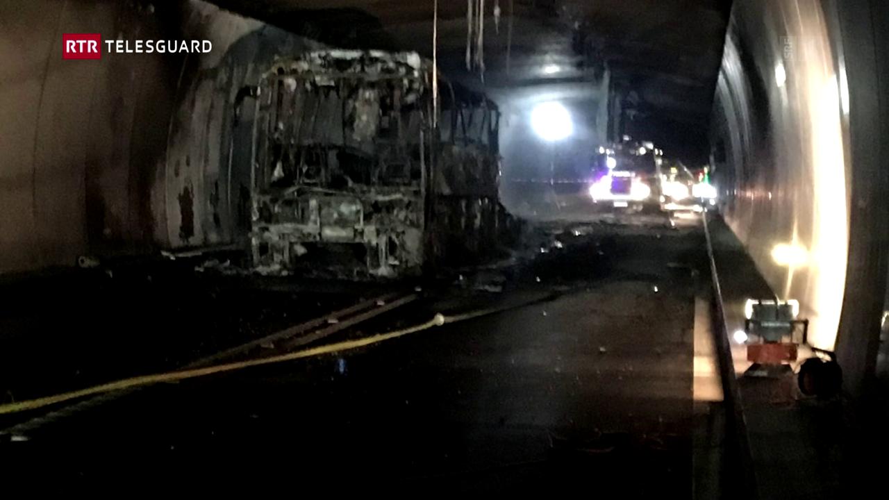 Incendi d'in autocar en il tunnel dal San Bernardino