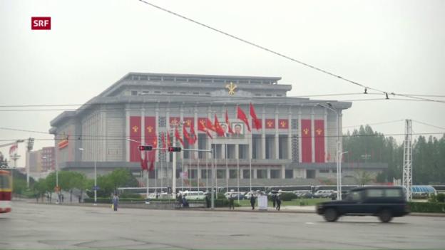 Video «Parteikongress als Friedenszeichen an die Welt?» abspielen