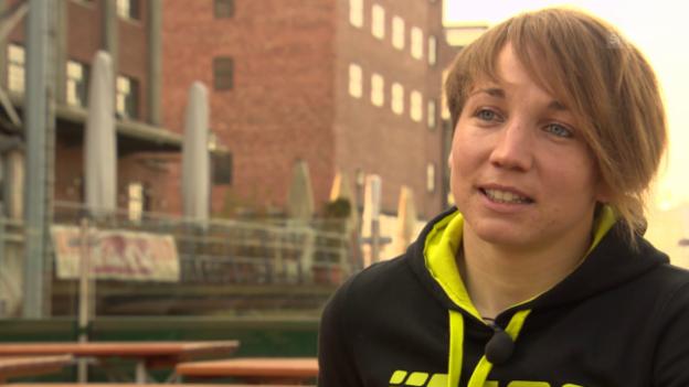 Video «Fussball: Frauen-Nati, Interview mit Gaëlle Thalmann» abspielen