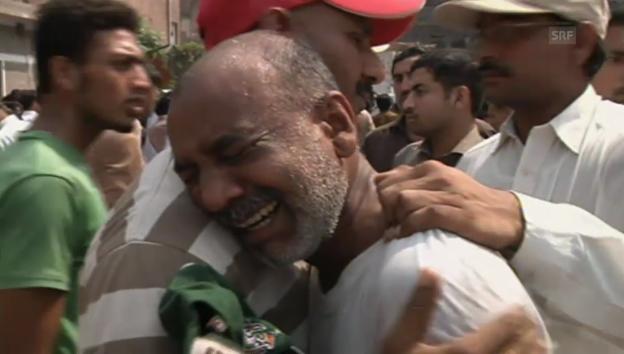 Video «Verzweiflung nach Angriff in Peshawar» abspielen