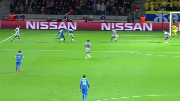 Video «Fussball: Champions League 2015/16, BATE Borissow - AS Roma, 3 :0 Filip Mladenovic» abspielen