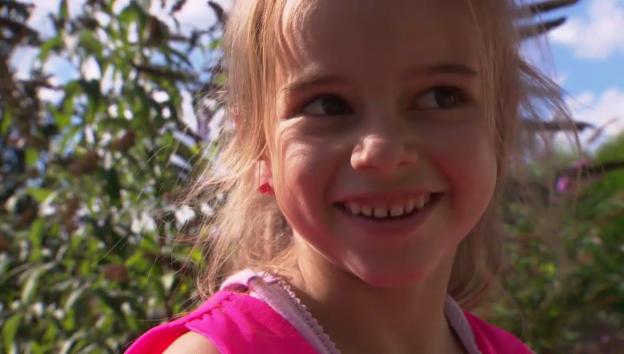 Video «Kindergeburtstag bei Sara» abspielen