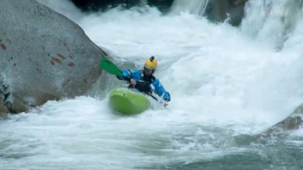 Video «Kajak extrem: Die Reuss in einem Tag befahren» abspielen