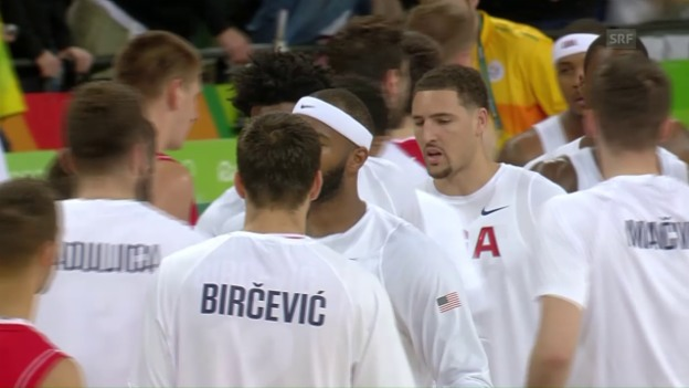 Video «US-Basketballer mühen sich zum 4. Sieg» abspielen