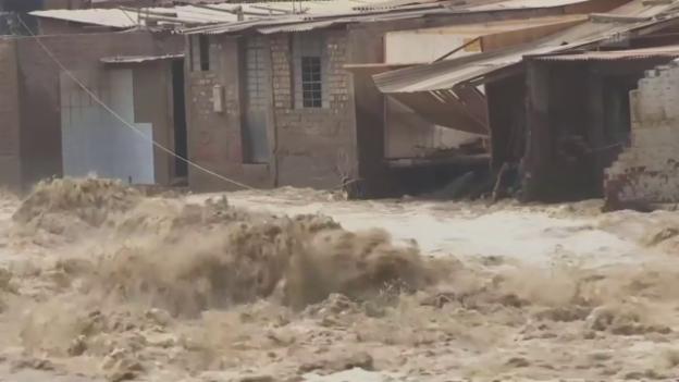 Laschar ir video «Inundaziuns en il Peru»