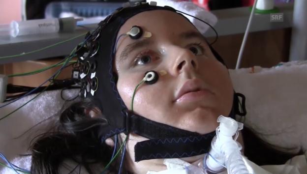 Video «Der Patientin wird erfolgreich eine «Ja» oder «Nein»-Frage gestellt» abspielen