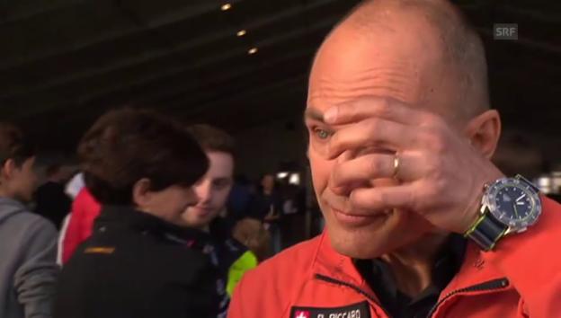 Video «Bertrand Piccard ist zu Tränen gerührt» abspielen