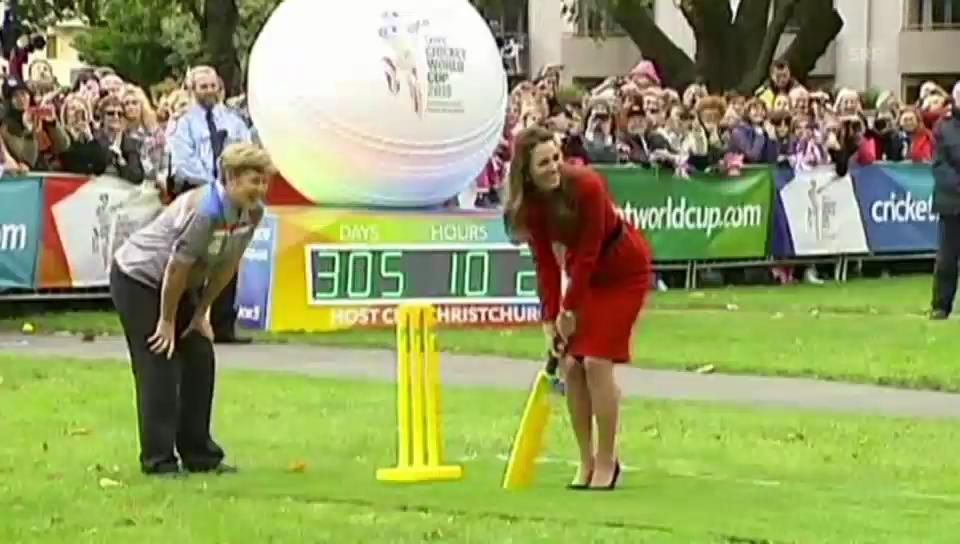 Kate und William beim Cricket-Spielen
