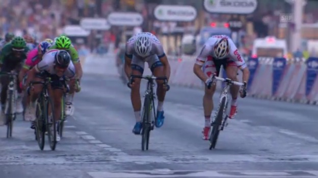 Video «Rad: Tour de France 2013 - Schlusssprint» abspielen