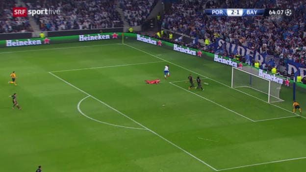 Video «Fussball: Champions League, Viertelfinal, FC Porto – Bayern München, 3:1 Jackson Martinez» abspielen