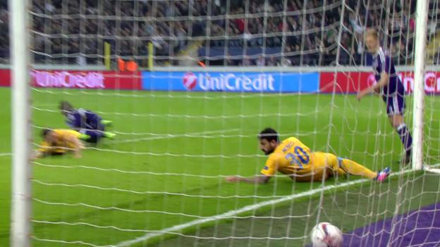 Video «Anderlecht-Nikosia» abspielen