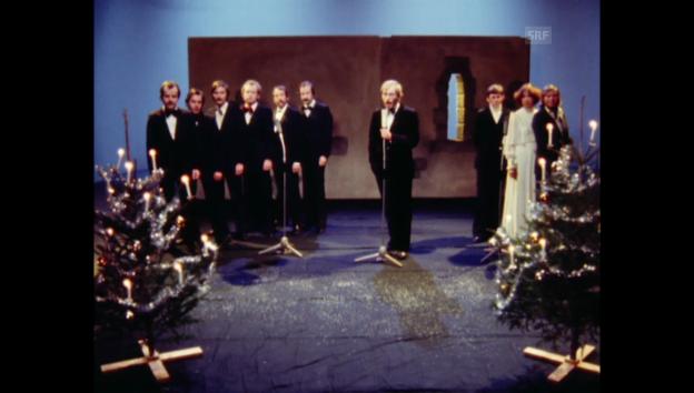 Video «1977: «Kassensturz»-Redaktion singt «White Christmas»» abspielen
