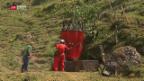 Video «Armee fliegt Wasser auf Alp» abspielen