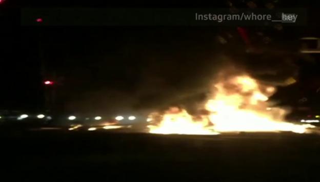 Video «Brand nach Zugkollision (unkommentiert)» abspielen