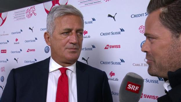 Video «Petkovic: «Wir haben uns an die äusseren Umstände angepasst»» abspielen