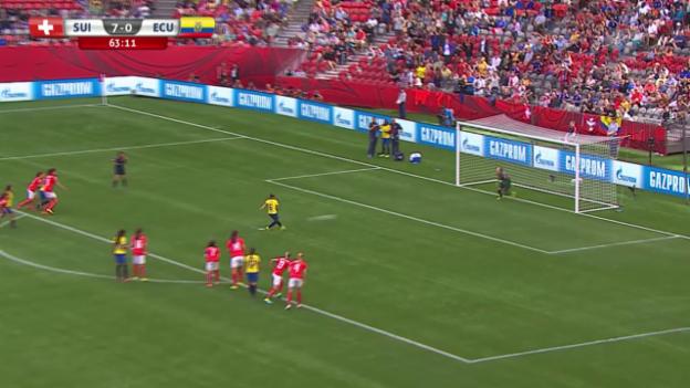 Video «Fussball: Frauen-WM in Kanada 2015, Gruppenspiel Schweiz . Ecuador» abspielen