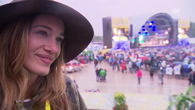 Video «Zwei Welten in Frauenfeld: Schlamm und VIP-Party» abspielen