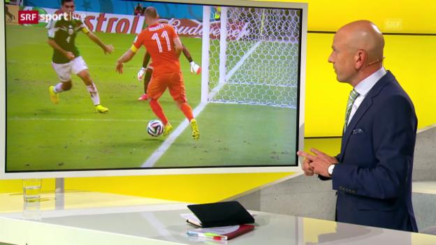 Video «FIFA WM 2014: Die Penaltyszene mit Einschätzung von Bertolini» abspielen