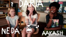 Laschar ir video «Neda, Daria e Aakash»