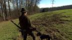 Video «Dem Jäger ans Fell: Der bissige Kampf der Tierschützer» abspielen