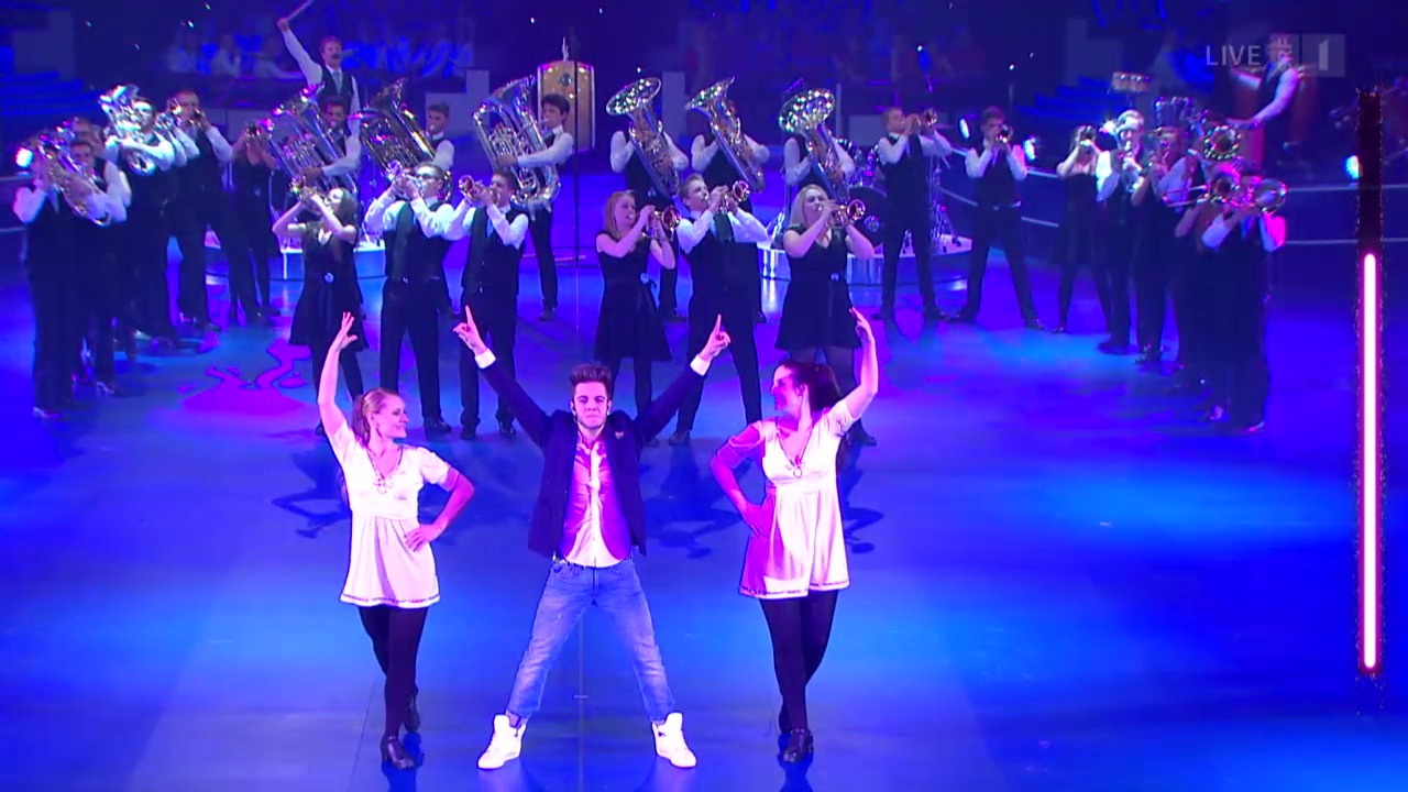 BML Talents mit «Toss The Feathers» und dem Riverdance Thema
