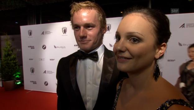 Video «Überglückliches Sportlerpaar: Jan van Berkel und Sarah Meier» abspielen