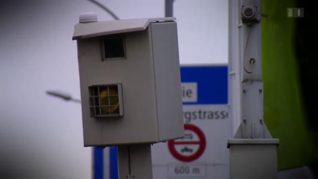 Video «Wenn der Blechpolizist lügt: Radarfallen messen falsch» abspielen