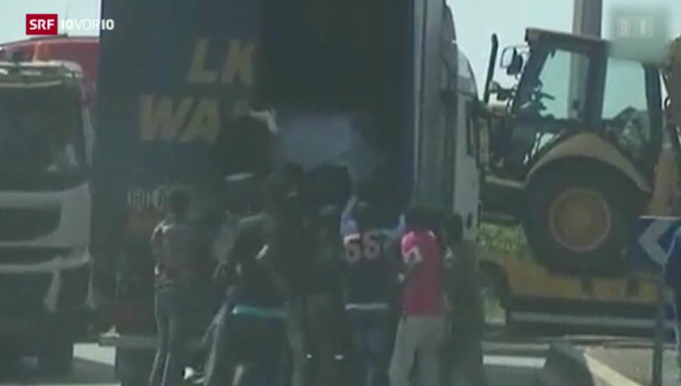 Flüchtlingstrom in Calais