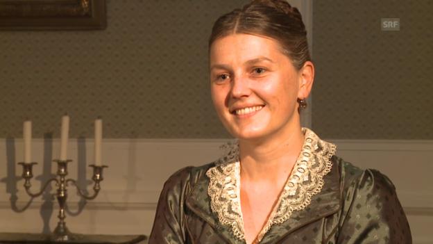 Video «Suzanne Dufour im Interview, gespielt von Barbara Tobola» abspielen