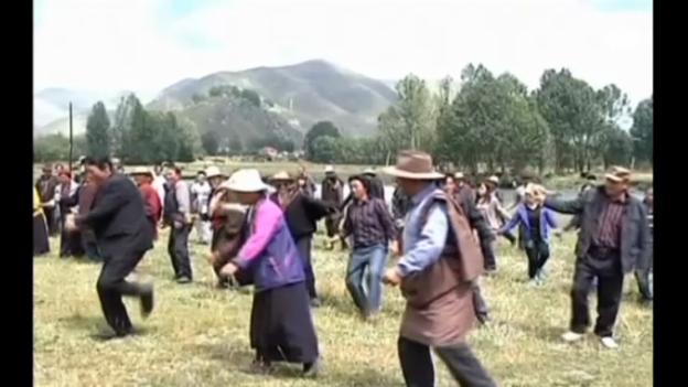 Video «Chinesen «ernten» saubere Luft. (unkommentiert)» abspielen