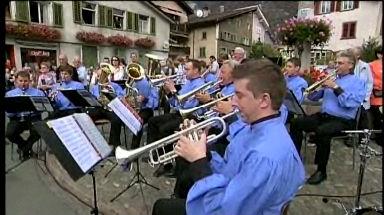 Video «2. Schweizerische Blasmusikfestival in Mels 2008» abspielen