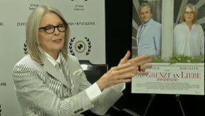 Video «70 Jahre alt: Hollywood-Star Diane Keaton feiert Geburtstag» abspielen